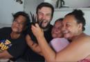 Как девушки выращивают ваниль в Ниуэ!